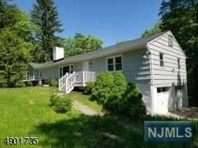 West Milford Single Family Home For Sale: 1156 Westbrook Road
