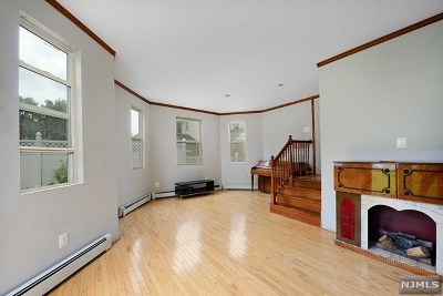 Ridgefield Park Single Family Home For Sale: 119 Paulison Avenue
