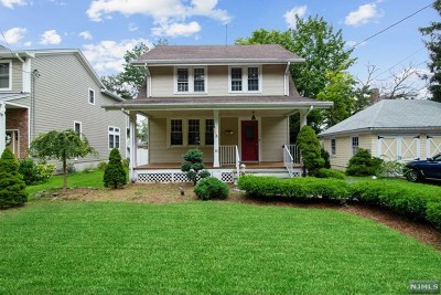 Tenafly Single Family Home For Sale: 11 Valley Place