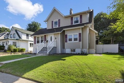 Bergenfield Single Family Home For Sale: 63 Smith Avenue