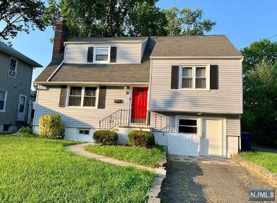 Hackensack Single Family Home For Sale: 280 Berry Street