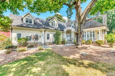 Bergen County Single Family Home For Sale: 97 East Saddle River Road