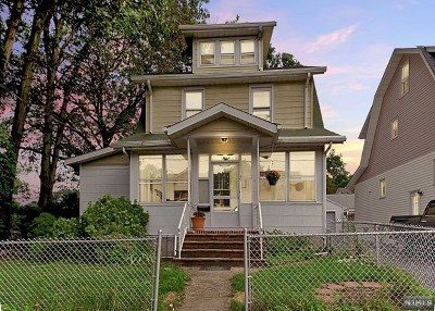 Essex County Single Family Home For Sale: 45 Norwood Place