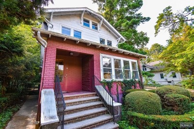 Leonia Single Family Home For Sale: 191 Glenwood Avenue