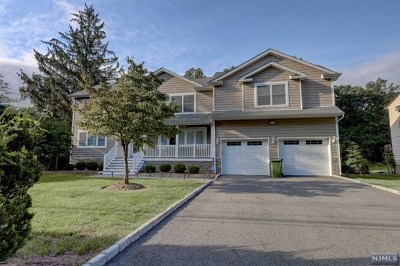 Paramus Single Family Home For Sale: 180 Jerome Avenue