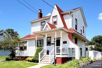 Elmwood Park Single Family Home For Sale: 35 Washington Avenue