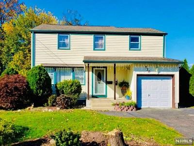 Dumont Single Family Home For Sale: 520 Washington Avenue