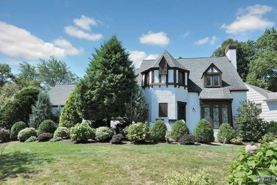Teaneck Single Family Home For Sale: 434 Churchill Road