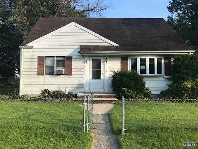 Bergen County Single Family Home For Sale: 24-12 Arcadia Road