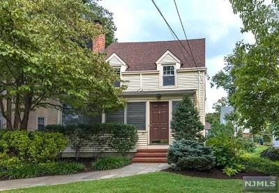 Ridgewood Single Family Home For Sale: 27 Garfield Place