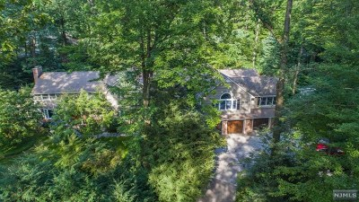 Morris County Single Family Home For Sale: 69 Powder Mill Road