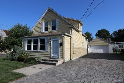 Little Ferry Single Family Home For Sale: 17 Dietrich Street