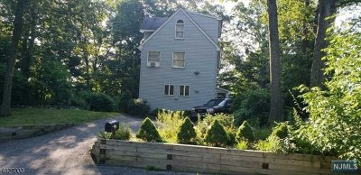 West Milford Single Family Home For Sale: 495 Lake Shore Drive