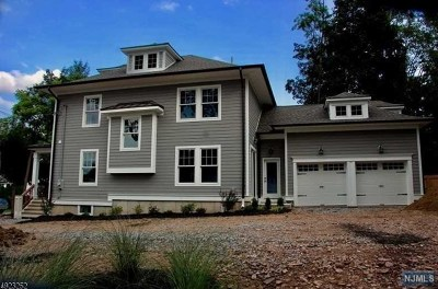 Morris County Single Family Home For Sale: 6 Village Road