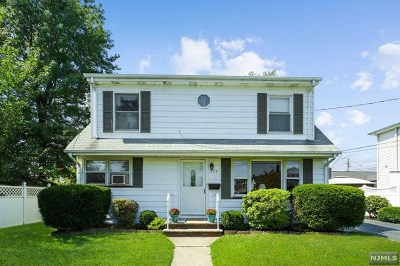 Bergen County Single Family Home For Sale: 377 Rugby Road