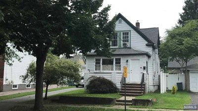 Ridgefield Park Single Family Home For Sale: 152 3rd Street