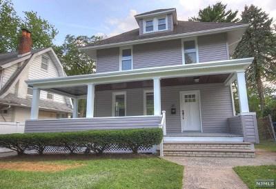 Hackensack Single Family Home For Sale: 211 Hamilton Place
