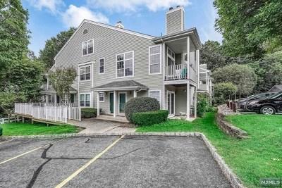Bergen County Condo/Townhouse For Sale: 1162 Richmond Road