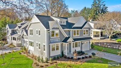 Glen Rock Single Family Home For Sale: 151 Greenway Road