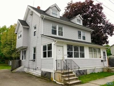 Pompton Lakes Single Family Home For Sale: 13 Walnut Street