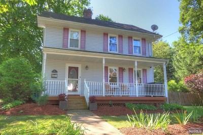 Hillsdale Single Family Home For Sale: 3 Harrington Street