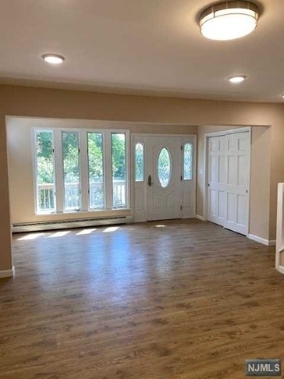West Milford Single Family Home For Sale: 29 Lakewood Road