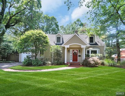 Tenafly Single Family Home For Sale: 8 Woodland Park Drive