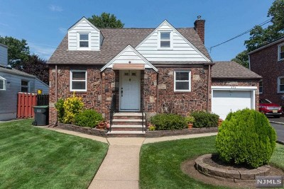 Bergenfield Single Family Home For Sale: 171 East Main Street