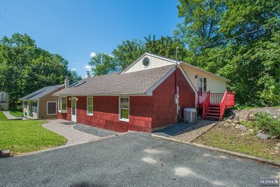 Rockaway Township Single Family Home For Sale: 138 White Meadow Road