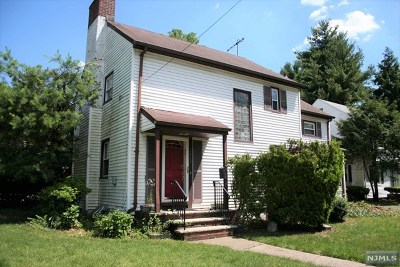 Teaneck Single Family Home For Sale: 1425 River Road