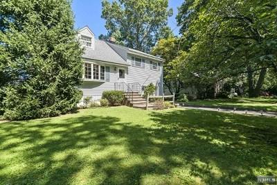 Wayne Single Family Home For Sale: 21 Vans Lane