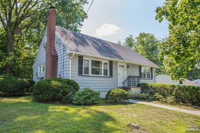 Oradell Single Family Home For Sale: 565 Taylor Avenue