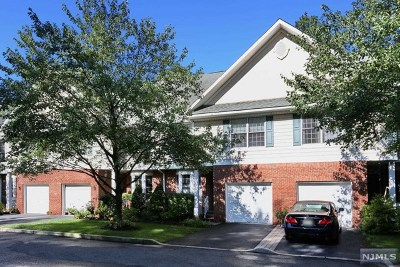 Westwood Condo/Townhouse For Sale: 628 Campbell Place