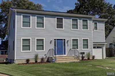 Fair Lawn Single Family Home For Sale: 26-03 Waverly Avenue