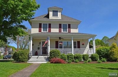 Midland Park Single Family Home For Sale: 166 Vreeland Avenue