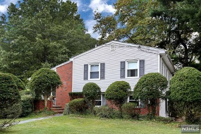 Glen Rock Single Family Home For Sale: 99 Chadwick Place