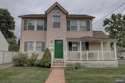Saddle Brook Single Family Home For Sale: 69 Rochelle Parkway