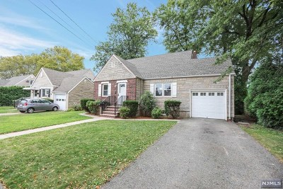 Rochelle Park Single Family Home For Sale: 62 Lincoln Drive