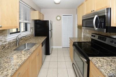 Hackensack Condo/Townhouse For Sale: 307 Prospect Avenue #5f