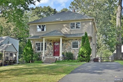 Midland Park Single Family Home For Sale: 58 West Summit Avenue