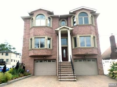 Cliffside Park Condo/Townhouse For Sale: 424 Lawton Avenue