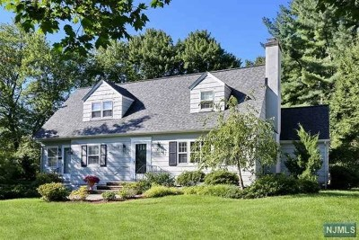 Glen Rock Single Family Home For Sale: 162 McKinley Place