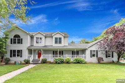 Emerson Single Family Home For Sale: 41 Park Avenue