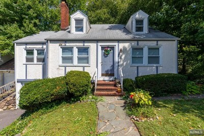 Rutherford Single Family Home For Sale: 242 Woodward Avenue