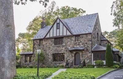 Ridgewood Single Family Home For Sale: 390 Highland Avenue