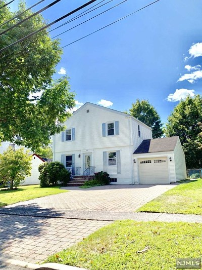 River Edge Single Family Home For Sale: 209 Dorchester Road