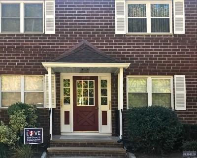 Pompton Lakes Condo/Townhouse For Sale: 100 Pierson Miller Drive #E16