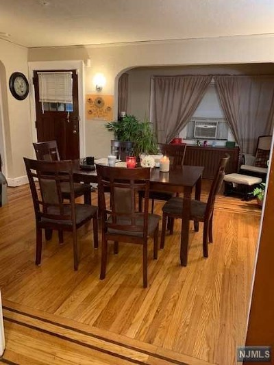 Teaneck Single Family Home For Sale: 992 Belle Avenue