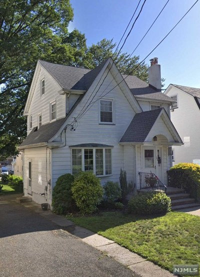 Bogota Single Family Home For Sale: 166 Maplewood Avenue