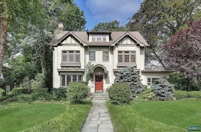Ridgewood Single Family Home For Sale: 94 Heights Road
